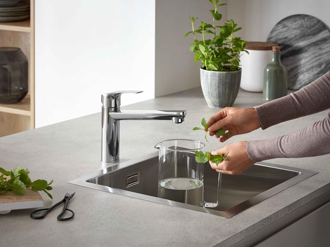 Eurosmart Kitchen_kitchen faucets_sink